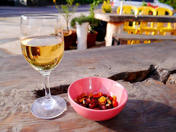 jeju-korea-27-masica-wine-bar