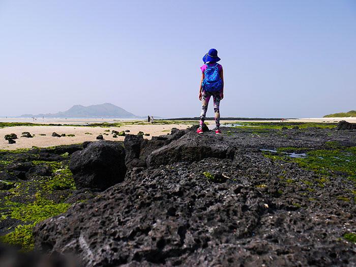 jeju-korea-9-beach traveling alone