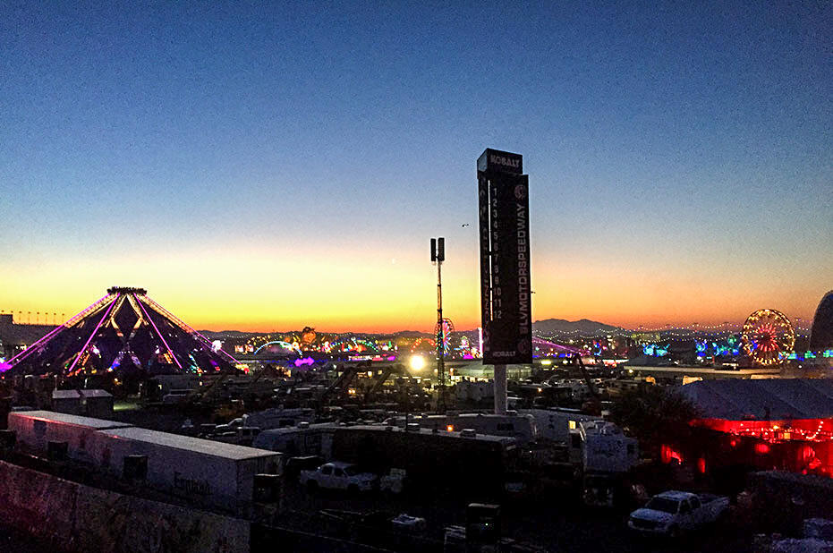 edc-vegas-2015 day-1---sunrise