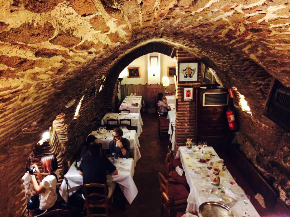 Madrid - Day 1 - Restaurante Botin - 004