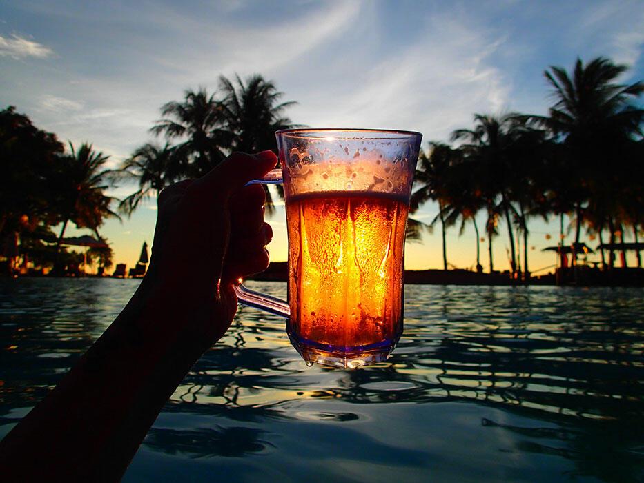 kinkybluefairy-kota-kinabalu-sunset-beer-sutera-harbour