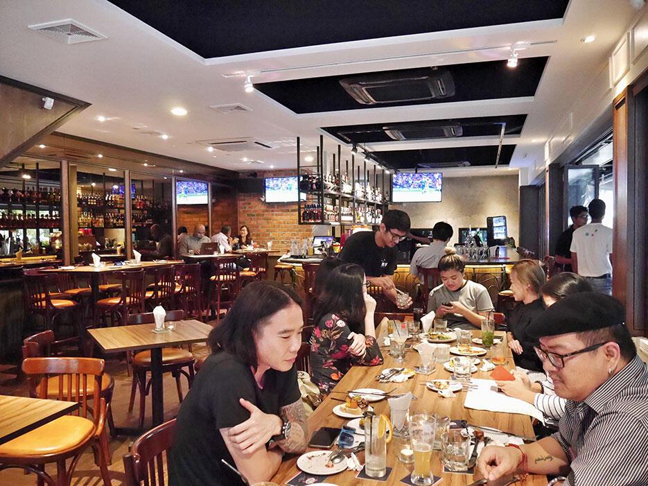 Tiki-Taka-KL-Malaysia-22---bar-restaurant