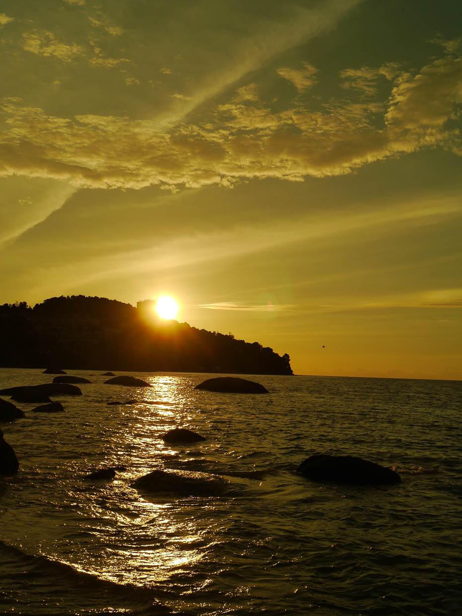 penang-batu-ferringhi-beach-7