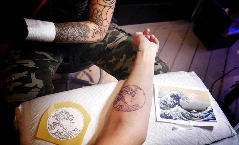 three-tides-tattoo-tokyo-harajuku-6-great-wave-off-kanagawa