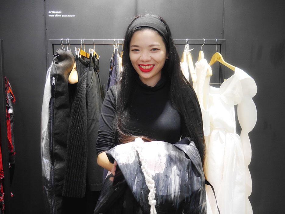 a-zang-toi-epson-malaysia-fashion-week-2016_23-man-chien-fashion-designer