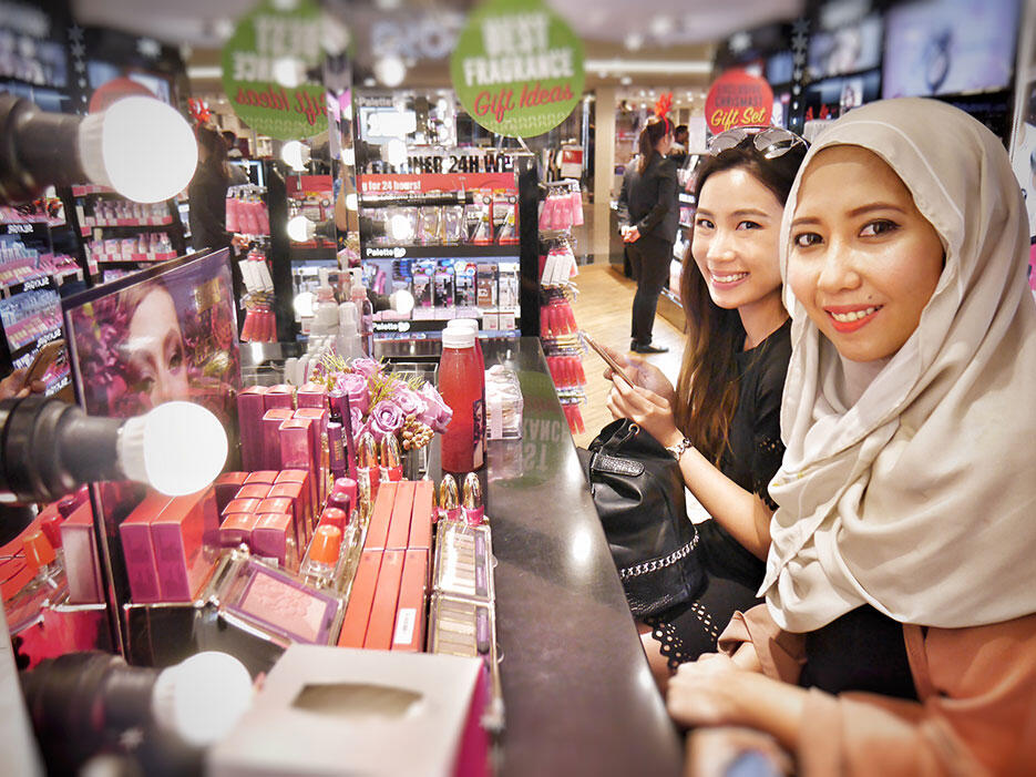 a-pupa-milano-make-up-demo-sasa-malaysia_5-aida-sue-grace-myu