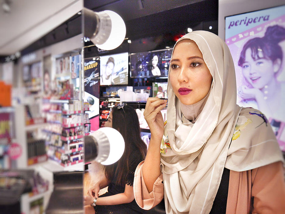 a-pupa-milano-make-up-demo-sasa-malaysia_7-aida-sue