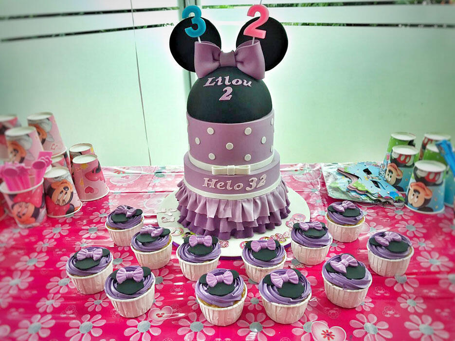 a-Little-Collins-KL-mont-kiara-cake-2-minnie-mouse-purple-cake