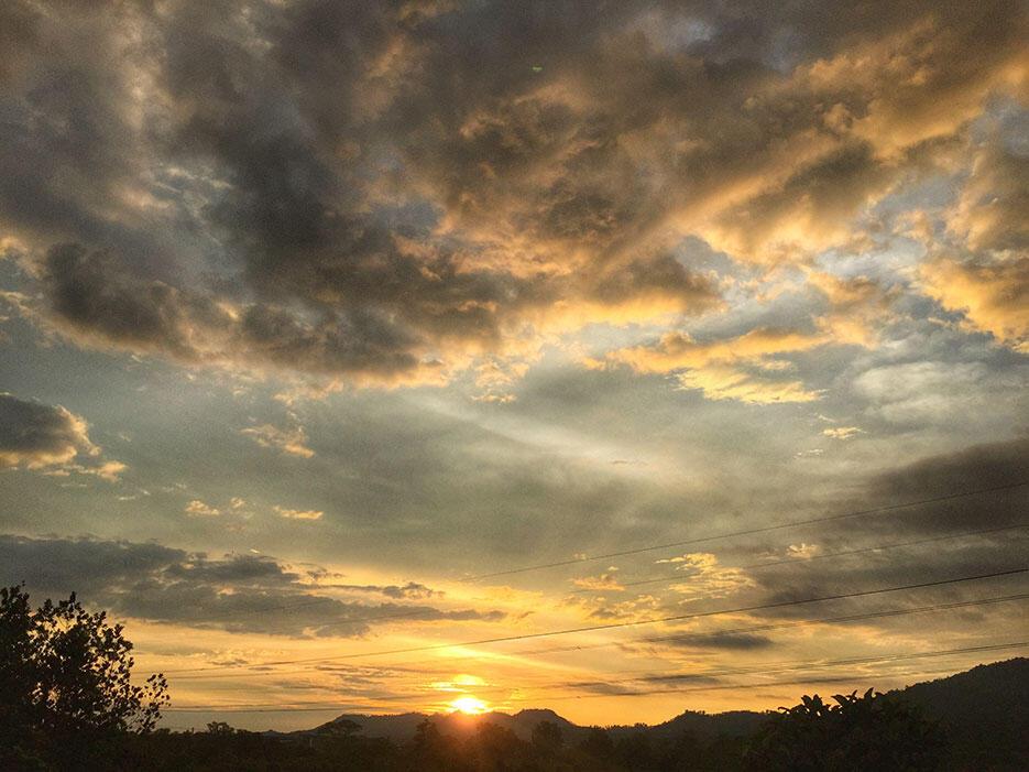 bukit-kutu-kuala-kubu-bharu-hiking-malaysia-19-cloudporn-sunset