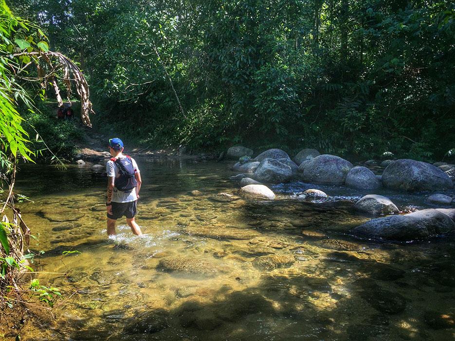 bukit-kutu-kuala-kubu-bharu-hiking-malaysia-2