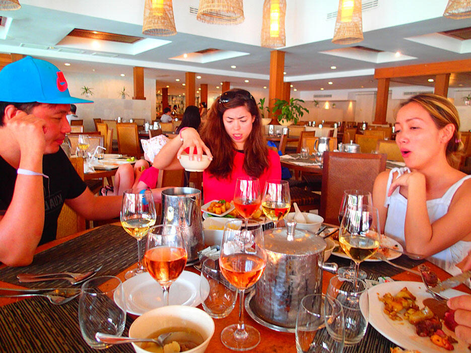 club-med-cherating-33-buffet-lunch