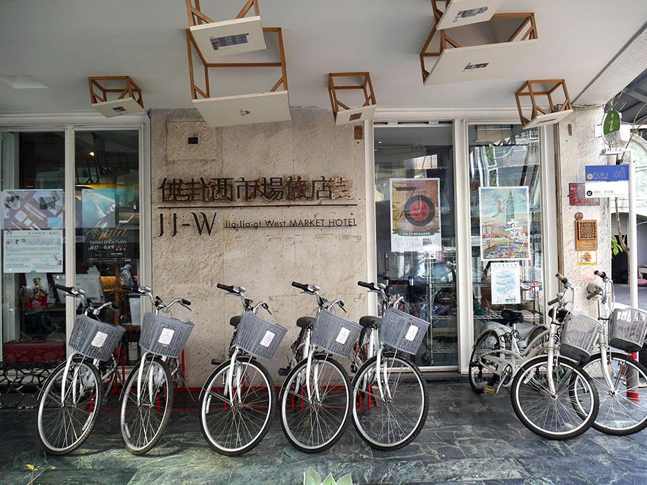 Jia-jia-west-market-hotel-tainan-taiwan-1-