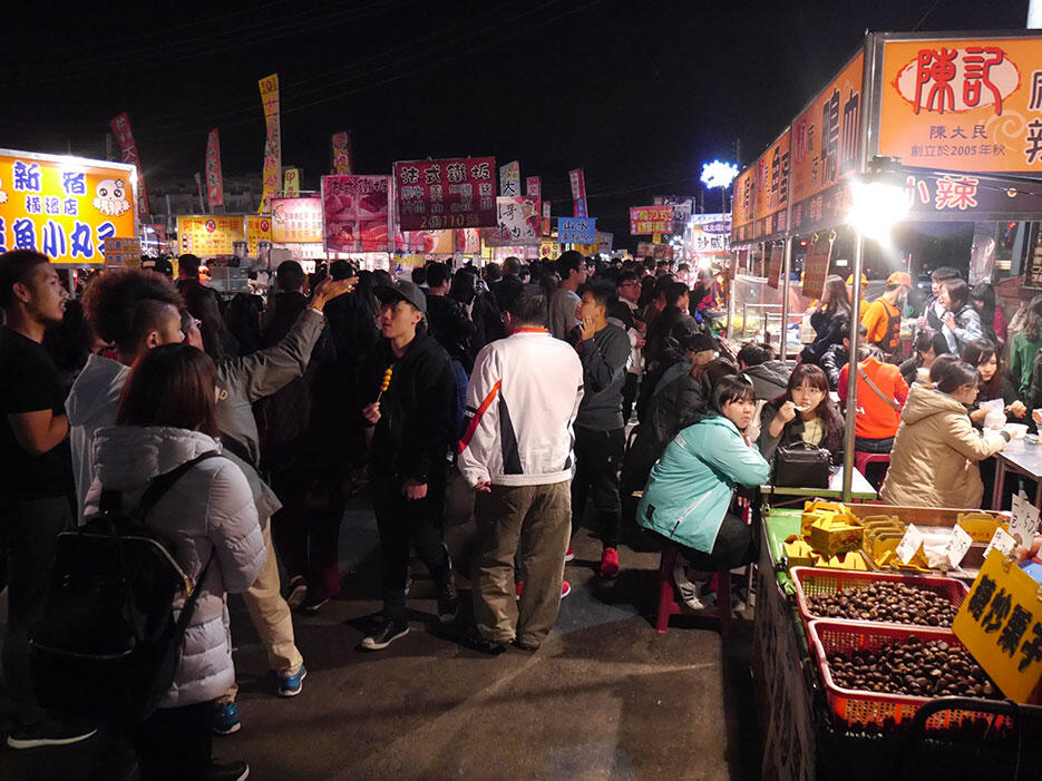 a-tainan-street-food-14-night-market