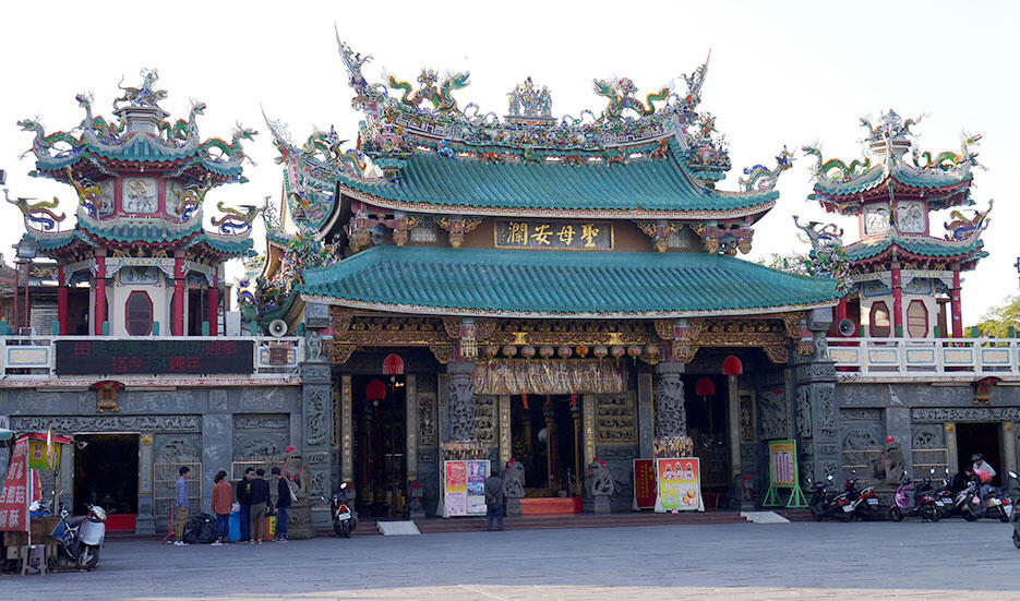 a-tainan-taiwan-14-fort-zeelandia-museum-temple
