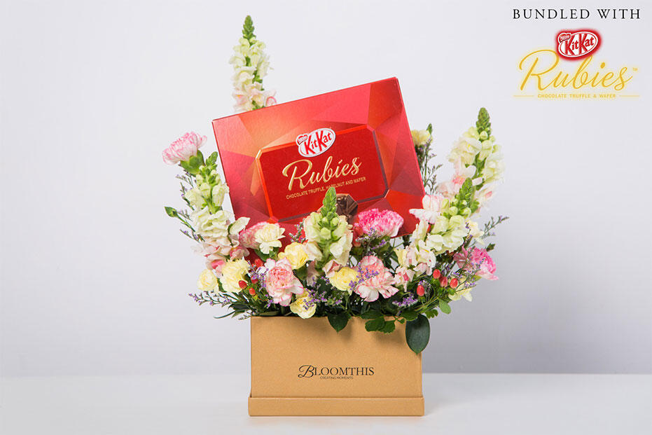 BoomThis_Mother's-Day_Rubies_Kit-Kat_Bouquet