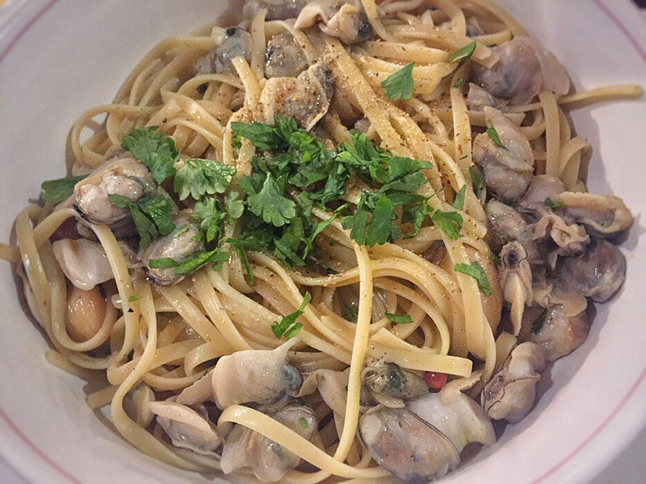 food-malaysia-7-uncle-albert-homecooked-vongole