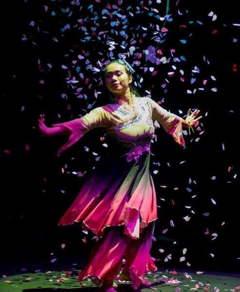 ankur-ensemble-orchestra-temple-of-fine-arts-malaysia-chi-ying-dancer