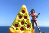 karang-saujana-uluwatu-bali-16-FP-pizza-float-food-before-dudes-