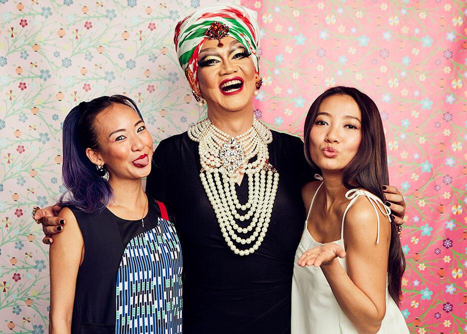 a-Melinda-Looi-Fashion-Suites-w-hotel-55-edwin-sumun-joyce-wong-chelsia-ng-singer